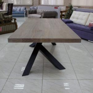 rustykalny stół jadalny