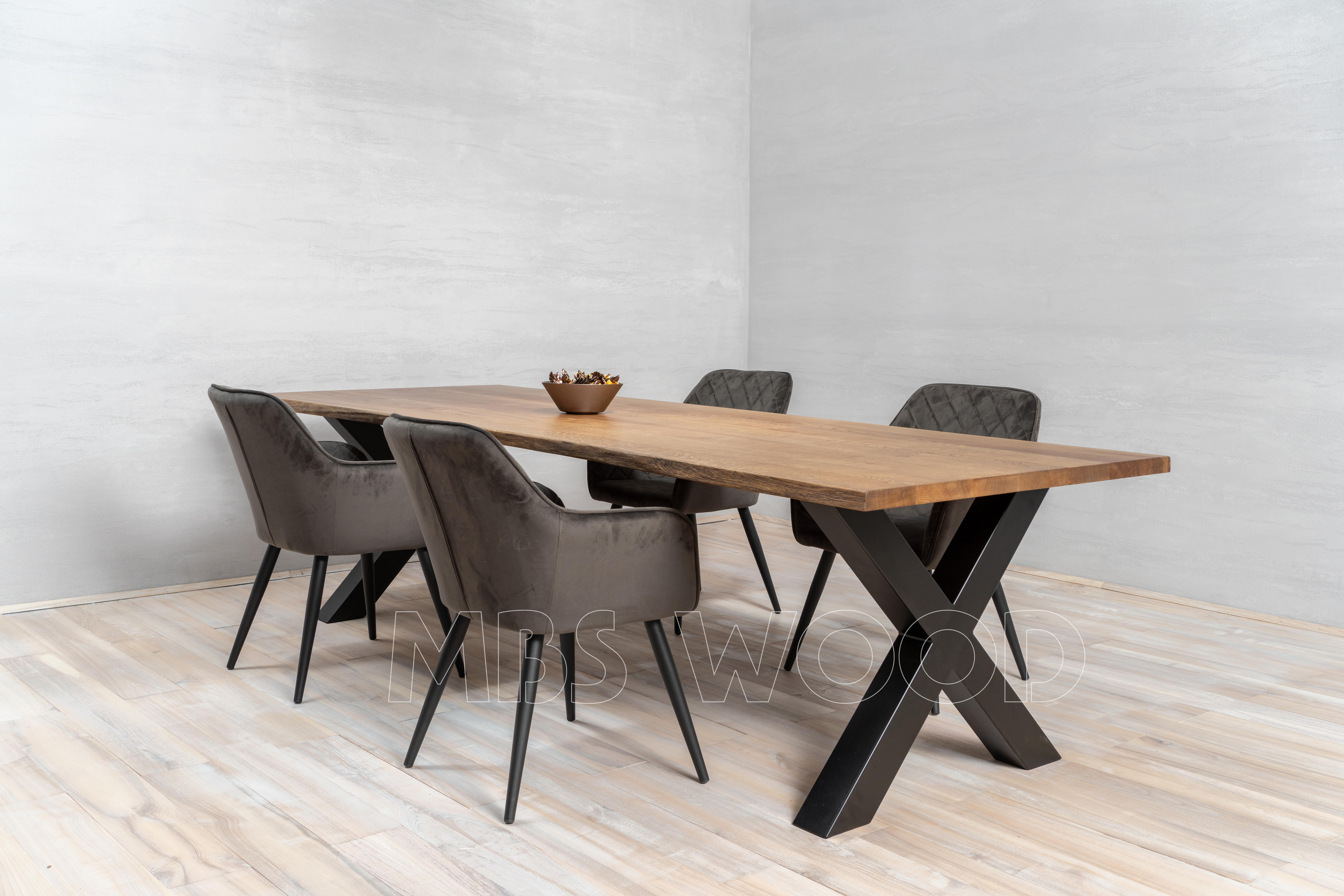 Produkcja stołów drewnianych z dębu mbswood.com